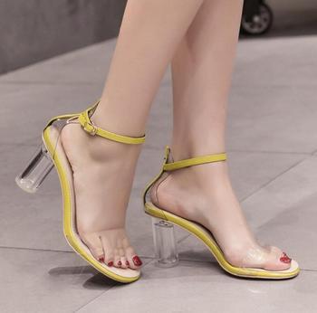 1cb53d5d0 Las señoras de lujo de PVC transparente sandalias para Niñas para gladiador  mujeres cristal Sandalias con tacón redondo para las mujeres de tacones de  8 cm ...