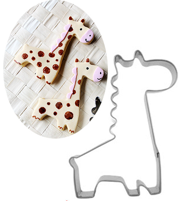 Giraffe Shaped Biscuit Mold Cookie Cutters And Fondant Cake Mold And 3D Pastry Baking Tools