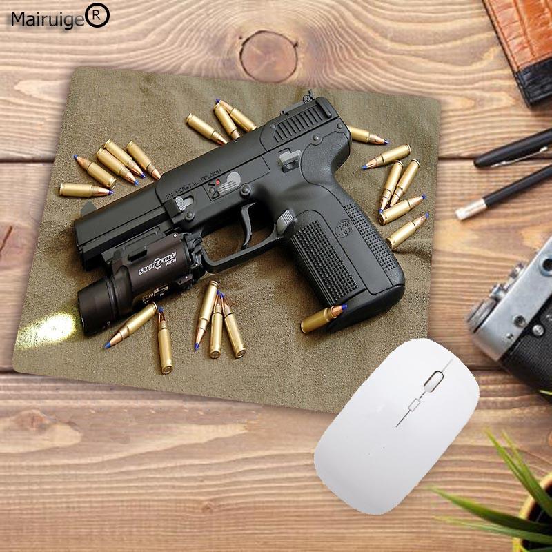 Mairuige Top Fashion Gun Mousepad Computer Game Mice Durable Speed Play Mats Rubber Anti-slip Mousemat 18x22cm 20x25cm 25x29cm