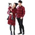 Familia familia juego trajes 2017 nueva primavera a cuadros de un solo pecho blusa impresa letra parentsand chicos ropa a juego