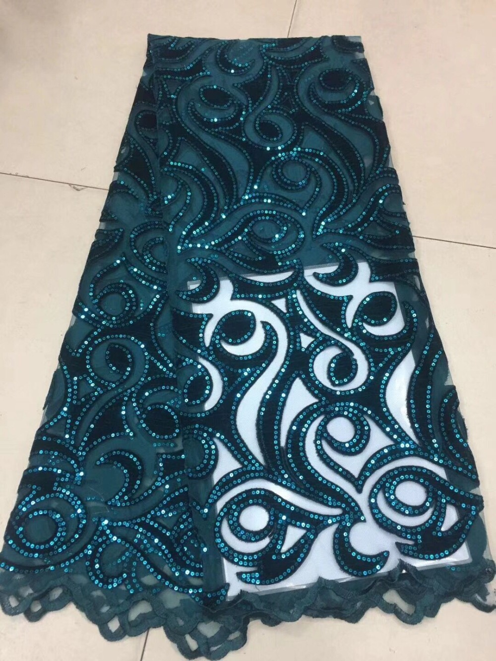 2019Latest French Nigerian Laces Fabrics High Quality Velvet Sequin Tulle African Laces Fabric Wedding African French