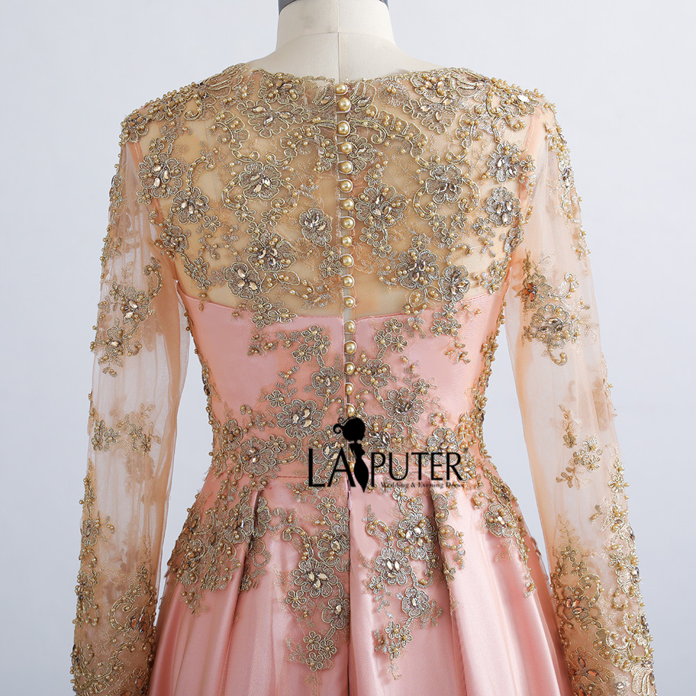 Aliexpress.com   Buy Beaded Gold Lace Appliques Long Sleeve Muslim Evening  Dress Long Floor Length Saudi Arabia Formal Party Gown Pink Prom Dresses  from ... b902ad5ce756