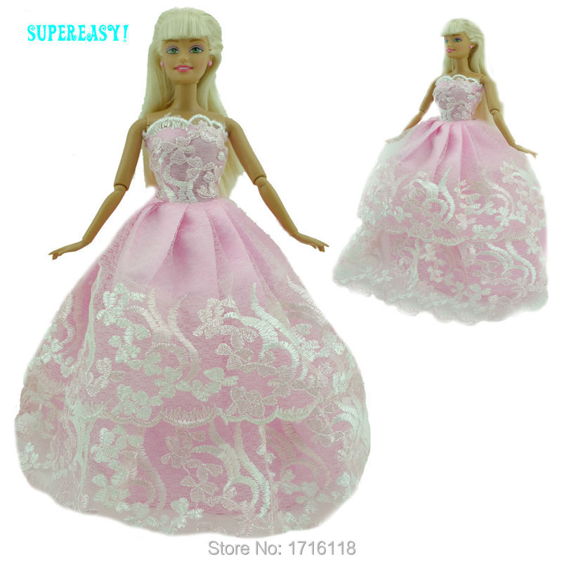 Handmade Costume Princess Marriage ceremony Get together Robe With Lace Garments For Barbie Doll FR Kurhn Puppet Lady Play Home Toys Present 045A