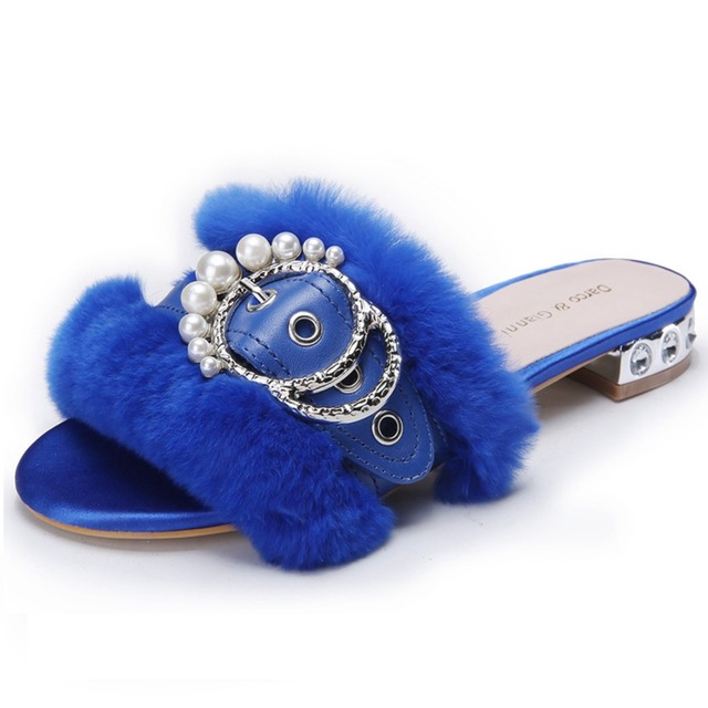 2017 Design Women Slippers Female Fur Slides Comfortable Plush autumn Flat  Sandals Home Indoor Casual Shoes Black Zapatos Mujer fd40c0d8e8c9