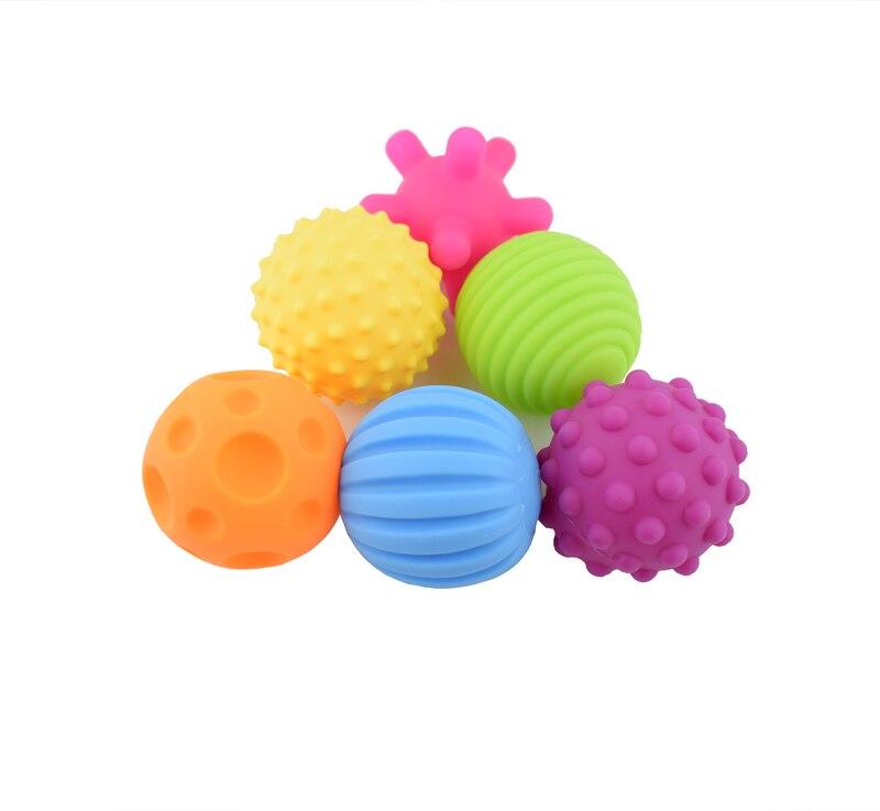 Image 3 - 4 & 6 & 1 pièces texturé Multi boule ensemble doux développer bébé sens tactiles jouet bébé toucher main entraînement Massage balle hochet activité jouetstoy poptoy police cars for saletoy ball pit -