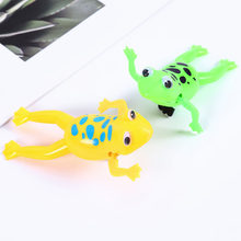 Hot Sale Energetic Swimming Frogs Relax Clockwork Frog Toy Baby Bath Toy Wind Up Toy For Kids Children Gift(China)