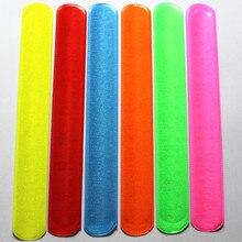 100 stücke Neue fashion verschiedene farben Magie Herrscher Slap Band Armbänder R150719