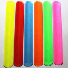 Pulseras de colores variados, regla mágica Slap Band R150719, 100 Uds.