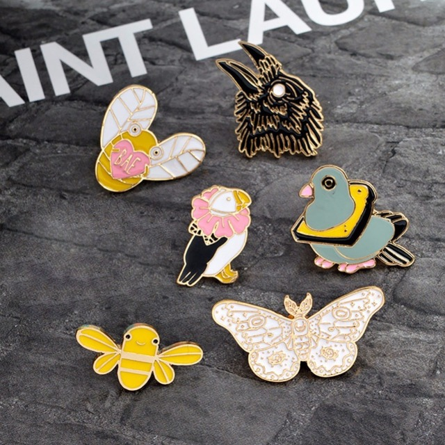 1Pc Brooches & Pins Eagle Butterfly Bee Duck Bird Animal Brooch Animal Pins Coll