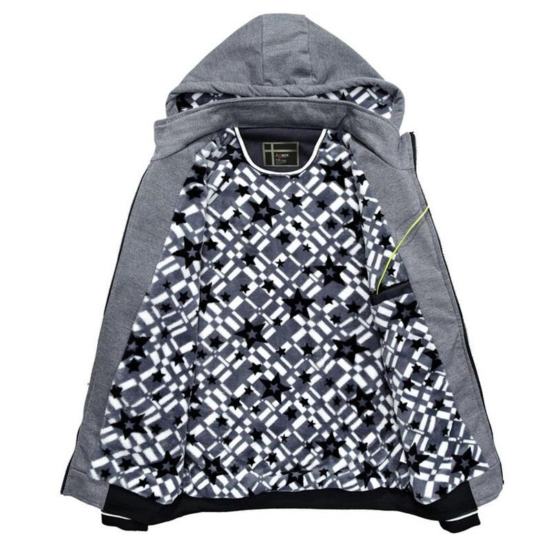 New Men Denim Jacket Fashion Cowboy Stitching Hooded Fleece winter Jackets Coat For Men Coats Plus Size Outwear streetwear 23