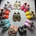 Zapatos oxford de cuero genuino al por mayor del bebé zapatos de bebé suave suela mocasines bebé niño leopard moccas lace up primeros caminante