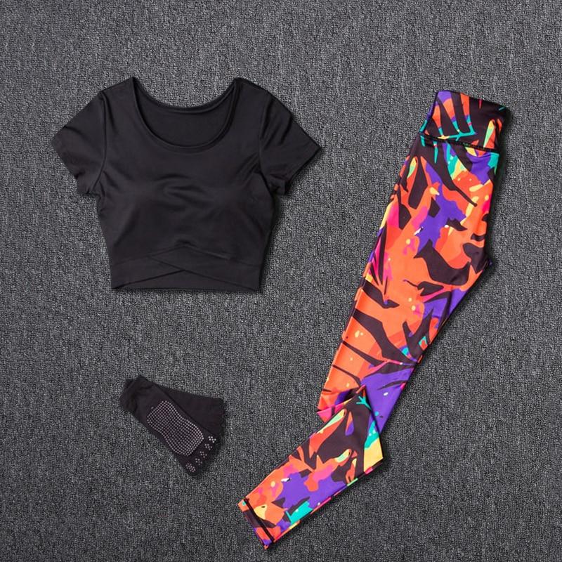 Women Yoga Sets Sport Suit Fitness Sport Wear Running Leggings Top T-shirt+Yoga Socks+Workout Gym Pants Lose Weight Sportswear