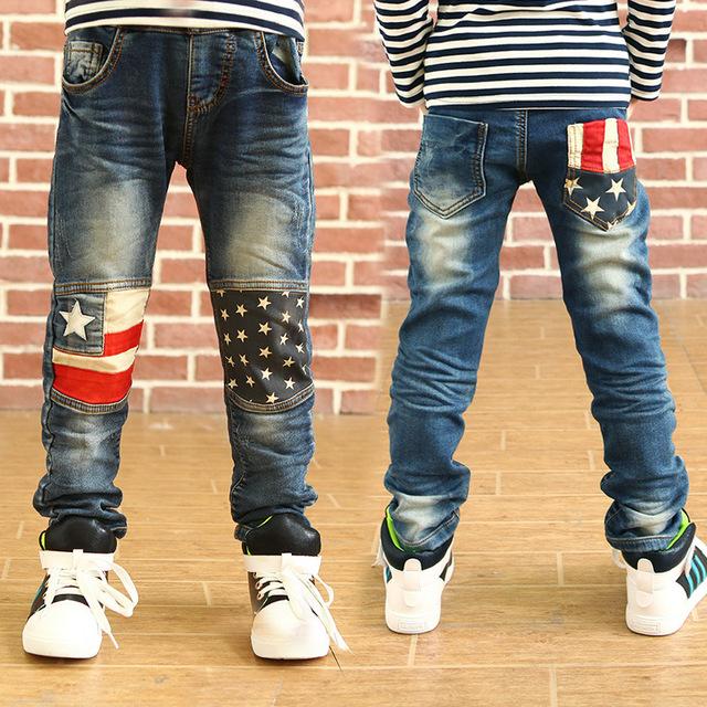 2016 Novos Meninos Jeans Casual Retas Crianças Sólidos calças de Brim Elásticas Outono Inverno Criança calças de Brim calças de Brim Do Bebé Para 4-11 Anos