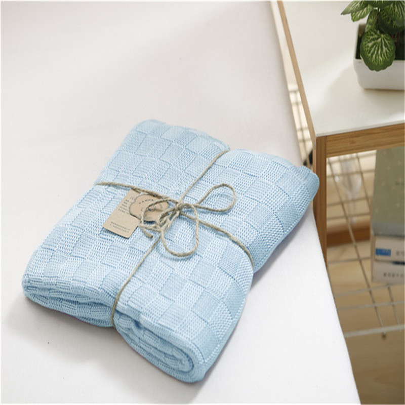 2018 Knitted Bamboo Fiber Blanket Summer Children Thread Blanket 120*110cm Throw Bed Plane Travel Picnic Super Soft Breathable