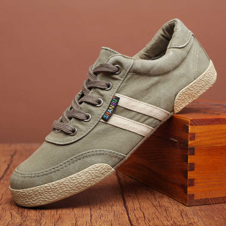รอบ Toe คุณภาพสูงบุรุษผ้าใบรองเท้าแบนสีทึบฤดูร้อนชาย Casual รองเท้า Lace Up Breathable ชายรองเท้าผ้าใบลำลองแบน