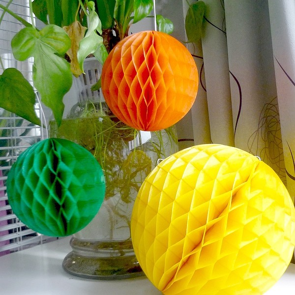 Clearance 10pcs 3(8cm) Honeycomb Balls Birthday Party Wedding Home Decoration Hanging Tissue Paper Decor