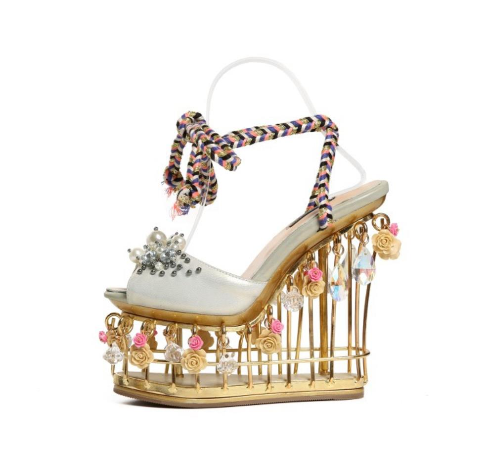 Summers new high-end custom crystal sheepskin mouth super high heel cage and water drill flower handmade sandalsSummers new high-end custom crystal sheepskin mouth super high heel cage and water drill flower handmade sandals