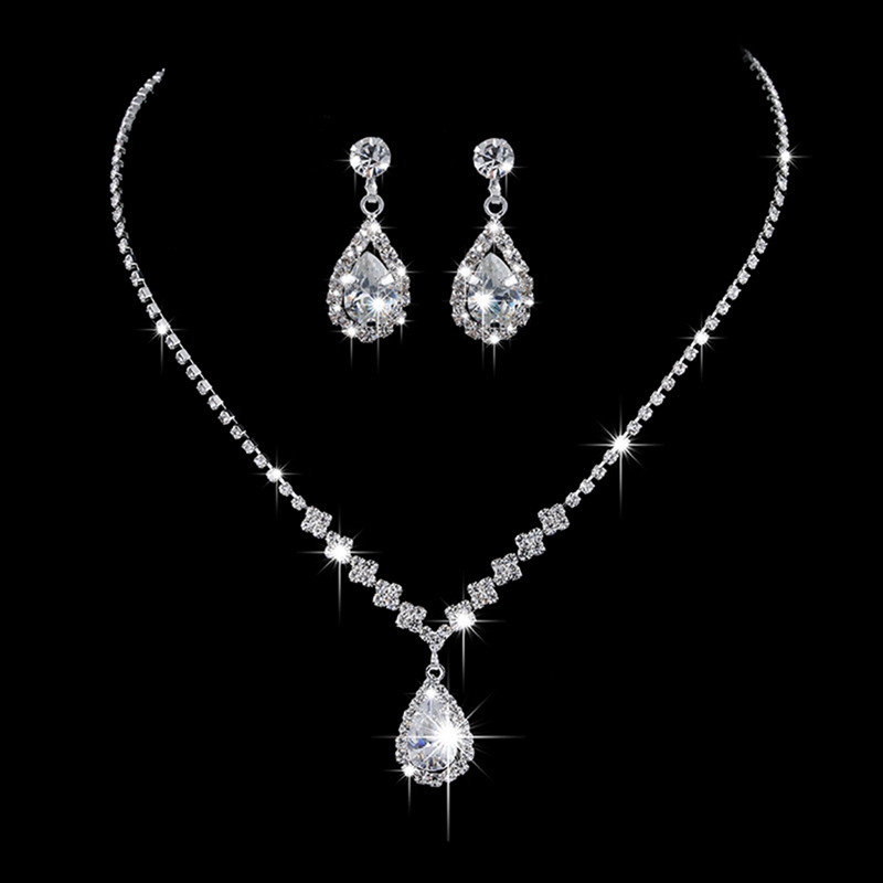 Water Droplets Necklace...