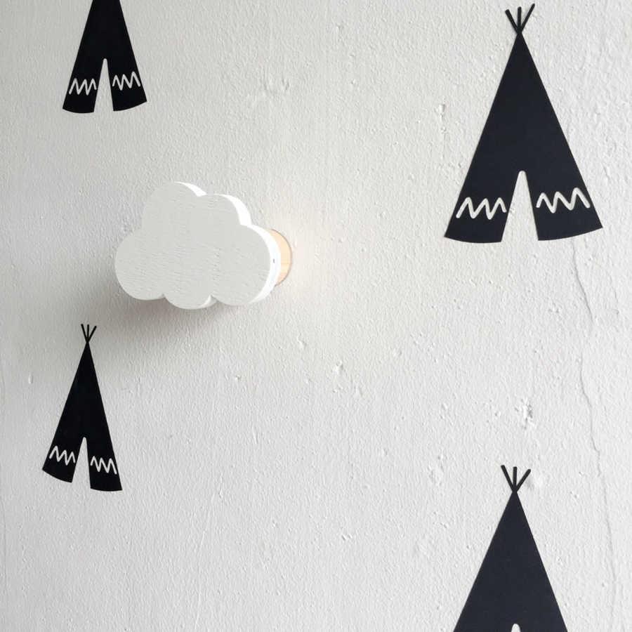 Najnowszy projekt chłopcy dziewczęta pokój dziecięcy drewniane chmury poduszka na dekoracja ściany za drzwiami w pokoju dziecięcym wieszak