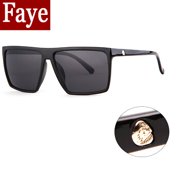 0241611638 2015 nuevo estilo del verano grandes gafas de sol cuadradas hombres del  logotipo del cráneo mujeres diseñador de la marca gafas de sol Retro moda  gafas de ...