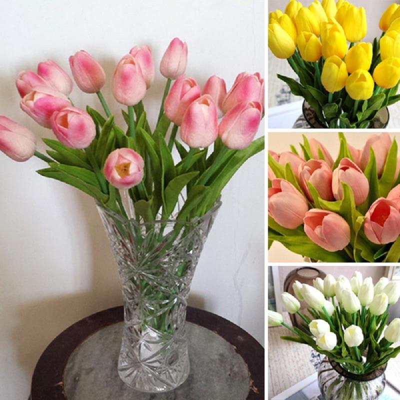 Фото букетов тюльпанов дома, составление букетов из живых роз