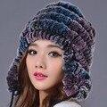 Mulheres Chapéu Do Inverno Genuine Rex Rabbit Fur Chapéu Gorros Casual Listrada Malha Caps 2016 Nova Rússia Moda Feminina Caps