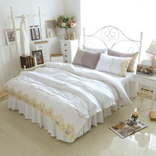 White Color Princess Bedding sets Luxury 4pcs Gold Embroidered Duvet Covet Girls Wedding Bed Skirt Linen Pillowcases Queen King(China)
