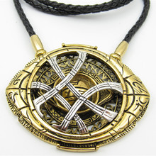 2017 New style 7.1cm*5.8cm Cosplay Doctor Strange Necklaces  Christmas gift Alloy Necklaces
