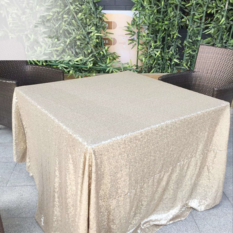 BeddingOutlet-Round-Sequin-Tablecloth-for-Wedding-Party-Gold-Silver-Champagne-Colorful-Table-Cloth-Decoration-Bling-Table (1)_