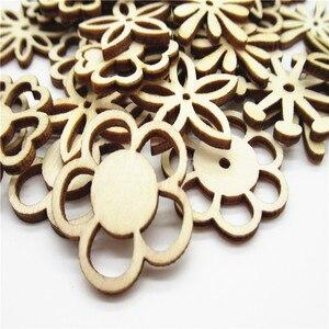 Image 5 - 20/50pcs 30 millimetri Naturale tipo di miscela Openwork carving modello di fiore di legno Scrapbooking Fatti A Mano Carft per La decorazione Domestica fai da te Q30
