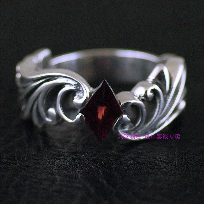 Thaïlande bijoux anneaux de grenat rhombique décorés avec bague en argent thaïlandais