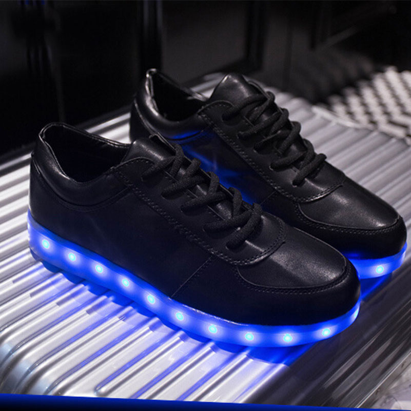 chaussure nike qui s allume pas cher