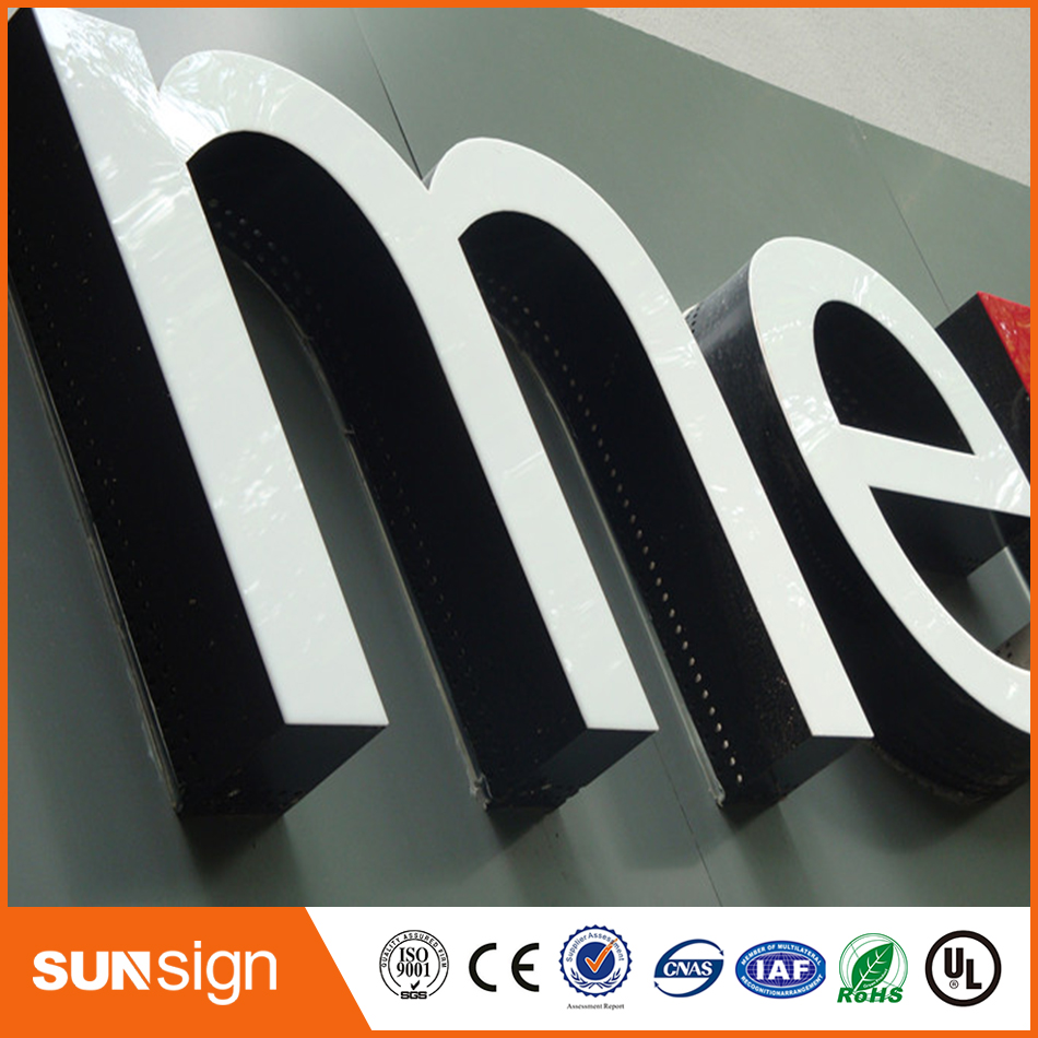 High Quality Illuminated Acrylic Letter Sign