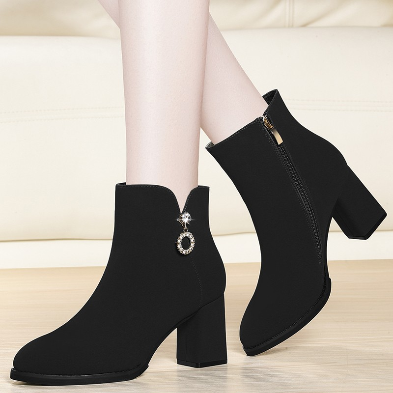 Fashion Cow Suede Leather Ankle Boots Women Thick High Heels Zipper Boots Round Toe Autumn Winter Woman Shoes Plus Size YG-A0204