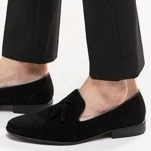 Мужчины бархат мокасины черный большой размер люксовый бренд замши мужчины кисточкой пенни мокасины мокасины слип ons вскользь для обуви