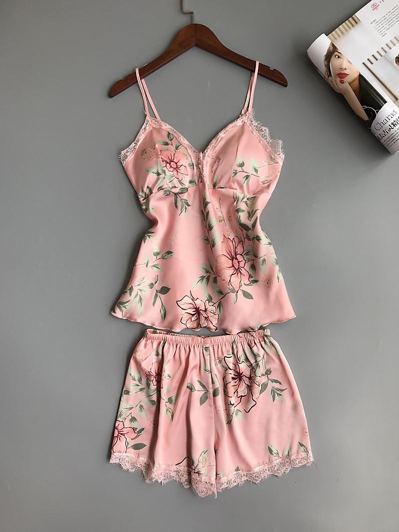 Women's Floral Printed Lace-Trim Pajama Set
