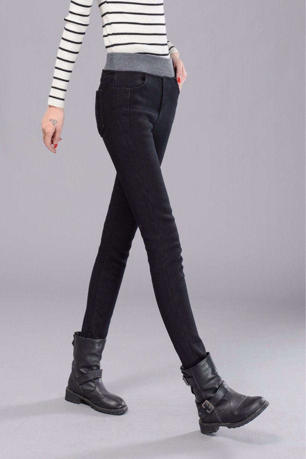 Plus Velvet Jeans Women Casual Pants High Waist Jeans Elastic Waist Pencil Pants Fashion Denim Trousers Winter Warm Plus Size 40 9
