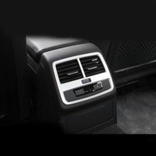 Car styling ABS Chrome Rear air conditioning vent decorative frame air outlet trim strip 3D sticker for Audi A4 2017 Interior abs chrome trim air conditioning outlet decoration circle for ford kuga 2013 2014