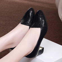 Plus Size 34-41 Genuine Leather Women Pumps Shoes Square Heel Real Leather Office Working Shoes Medium Heel Ladies Party Shoes