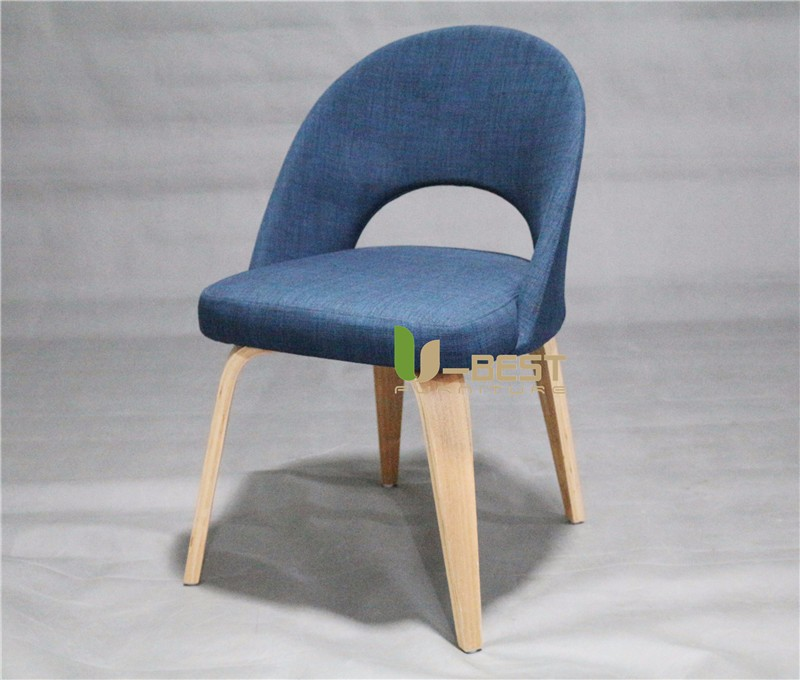 Executive Side Chair with wooden Legs by Saarinen (2)