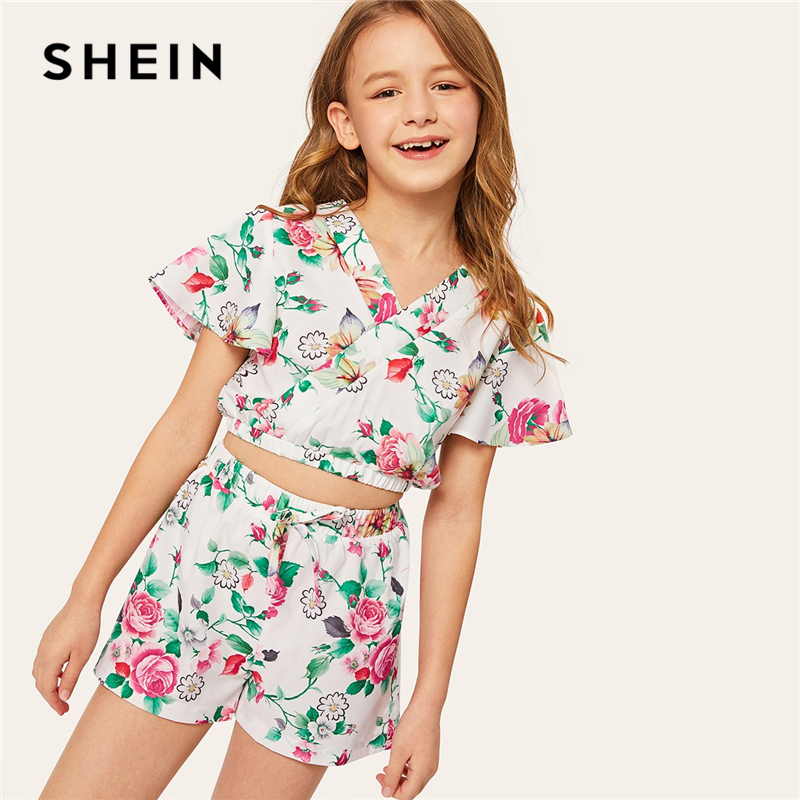 SHEIN Kiddie Crop Wrap Floral Top And Bow Shorts Boho Girls Clothes 2019 Summer Short Sleeve Casual Teenager Girl Clothing jungle print crop tank top and pleated shorts co ord