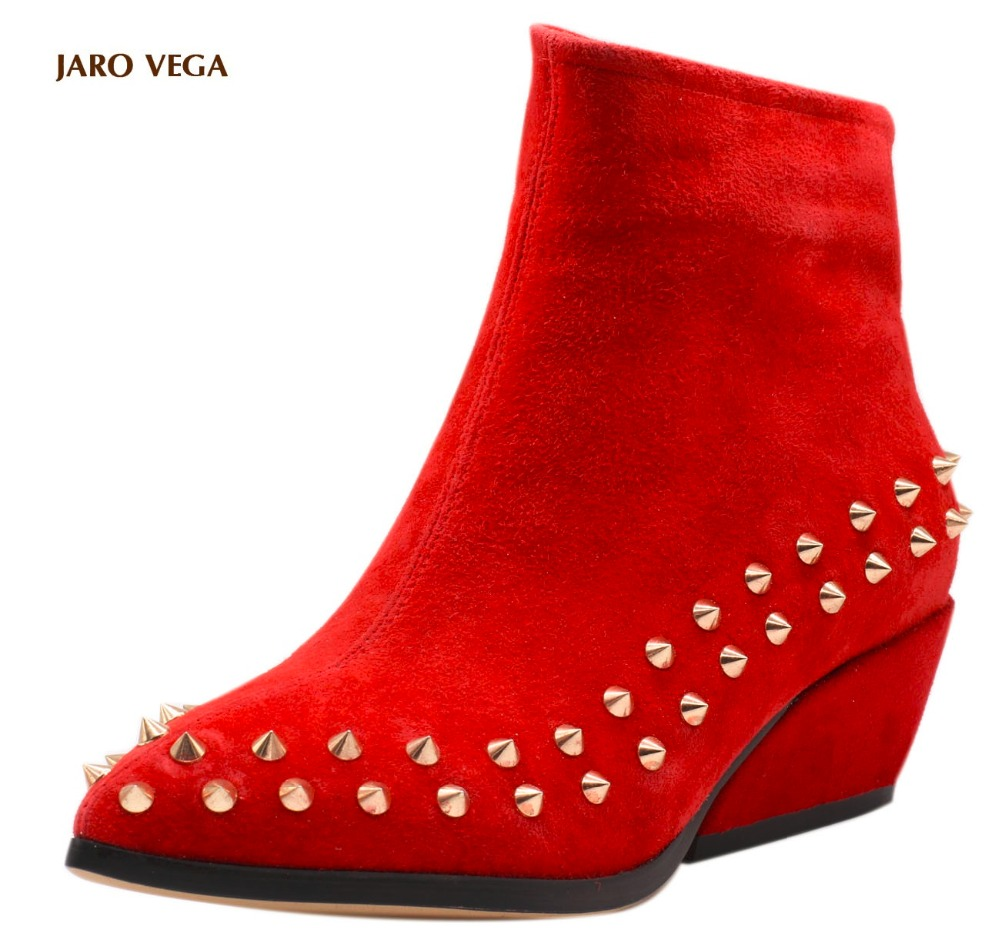 Jaro Vega Women's Studded Pointed Toe Suede Boots Booties