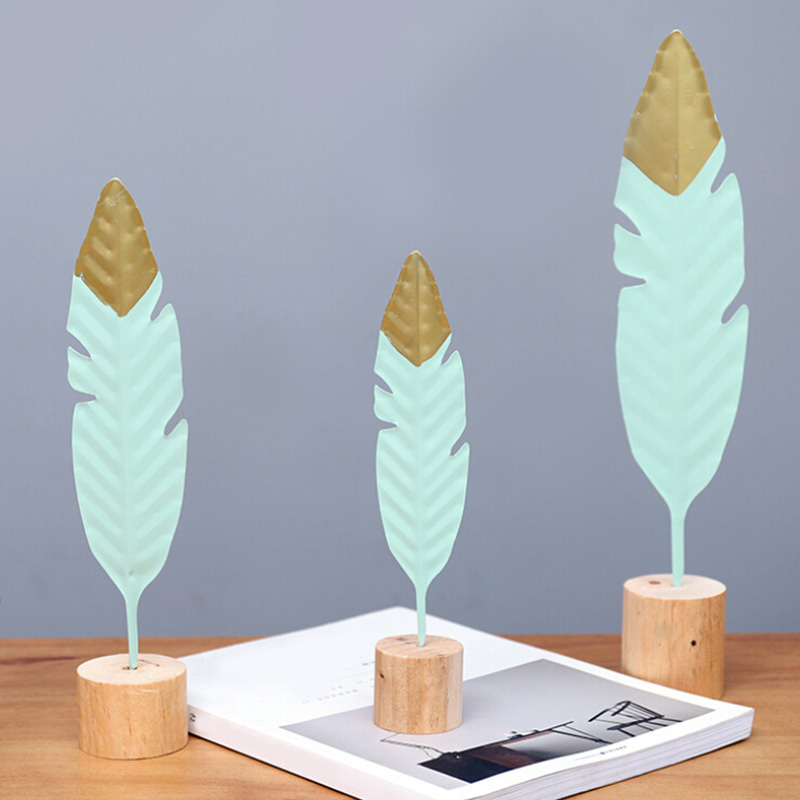 Nordic Modern Ornaments Metal Wooden Craft Feather Modeling Pen Sculpture Living Room Miniature Home Decoration Accessories