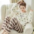 Осень Зима Flanel Флис Пара Пижамы Установить Пижамы женщин Пижамы Наборы Женщины Pijamas Пара Пижамы Причинно Главная Одежда