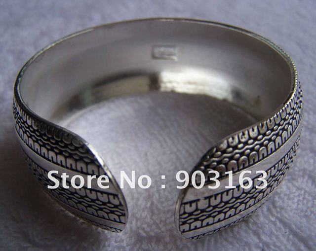 Wholesale Popular hot sell New Guaranteed 100% Stainless Steel Bracelet + free shipping