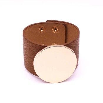Μεγάλο βραχιόλι από δέρμα σε σχήματα Ο & v