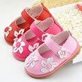 Primavera/Otoño de los Bebés Infat Zapatos Inferiores Suaves de La Pu Flores Zapatos de Los Niños Al Aire Libre Zapatos Casuales