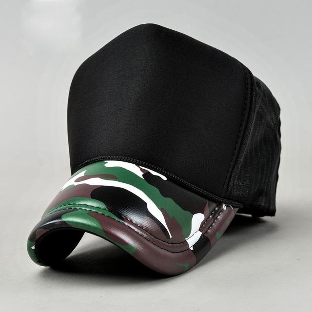 2016 New Arrival Tampão Do Camionista para Homens Moda Couro PU Camo Brim Malha Chapéus Bonés de Beisebol Em Branco Causal Respirável Verão chapéu