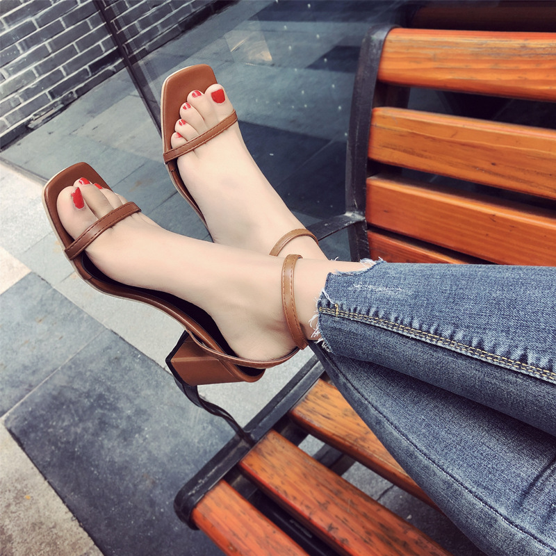 2018 Spring And Summer Ankle Strap Women's Shoes With A Buckle Wild Square Thick With Female High Heels Open-Toed Roman Sandals 2016 summer new korean high heeled open toed waterproof thick with muffin platform sandals rome female shoes 14cm