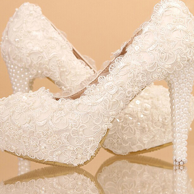 Newest White Beautiful Vogue Lace Flowers Pearl High Heels Wedding Bridal Shoes Comfortable Bridesmaid